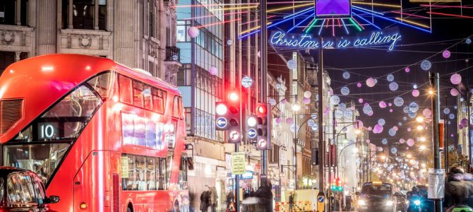 LONDON IN THE FESTIVE SEASON
